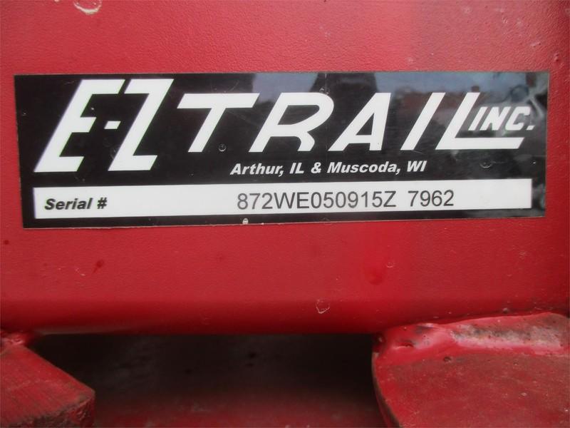 2015 E-Z Trail 230 Gravity Wagon