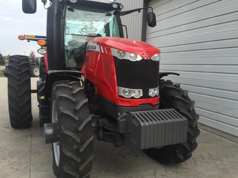 2014 Massey Ferguson 7624 Tractor