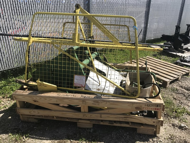 John Deere 40 Hay Stacking Equipment