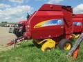 2010 New Holland BR7090 Round Baler