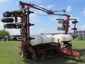 2001 White 6122 Planter
