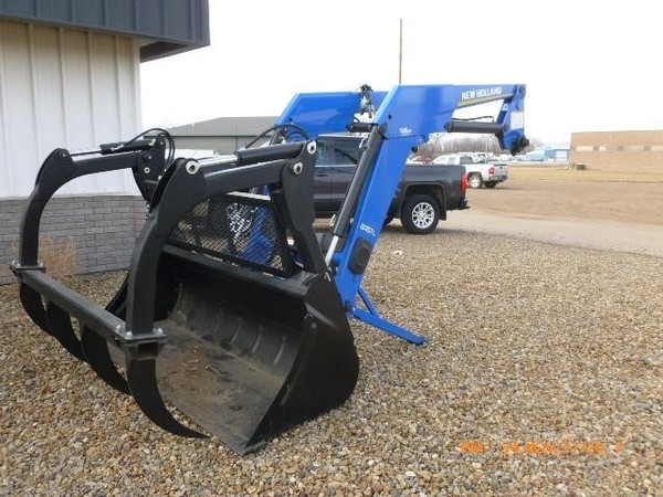 2016 New Holland 845TL Front End Loader
