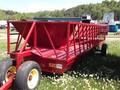 2014 Pequea 520 Feed Wagon