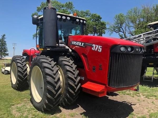 2013 Versatile 375 Tractor