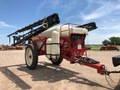 2013 Farm King 1200 Pull-Type Sprayer