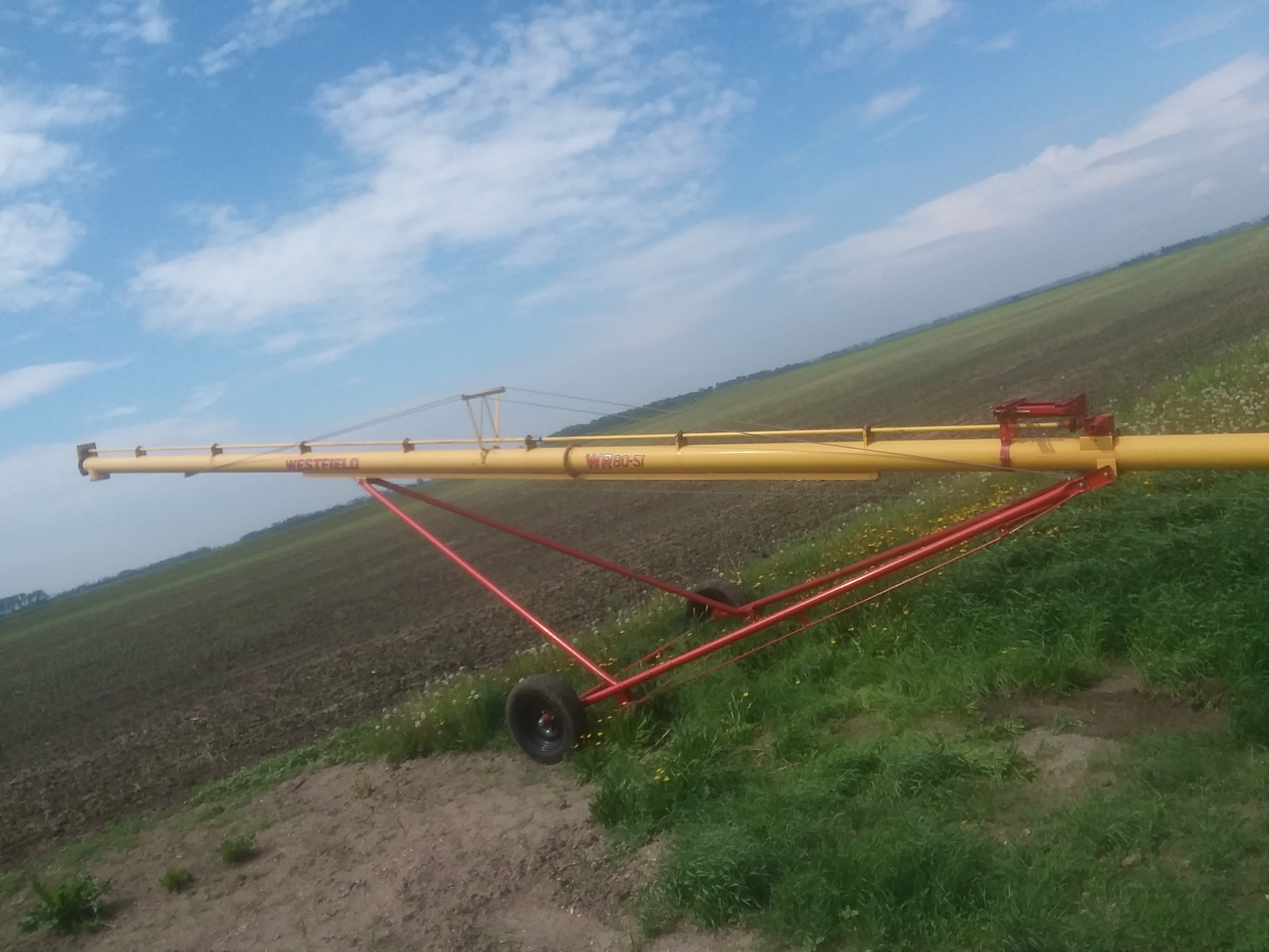 2005 Westfield WR80x51 Augers and Conveyor