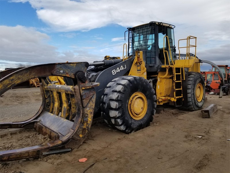 Deere 844J Wheel Loader