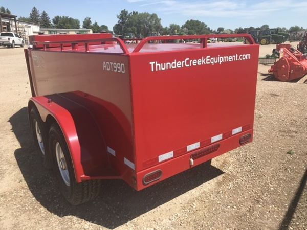 2013 Thunder Creek FST990 Fuel Trailer