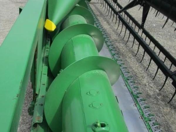 2009 John Deere 635F Platform