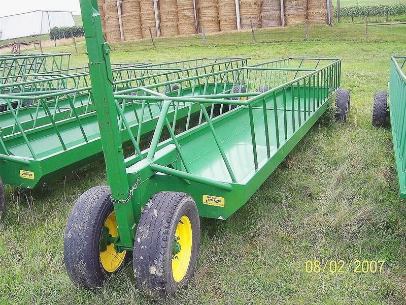 2018 Stoltzfus 4x24 Feed Wagon