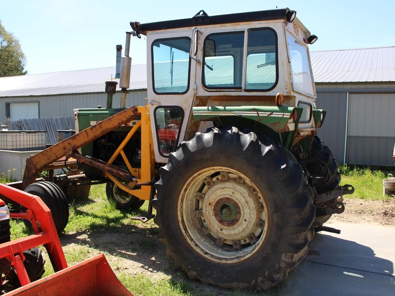 1972 Oliver 1755 Tractor