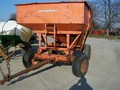 Huskee 165 Gravity Wagon