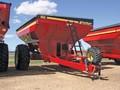 2018 Crust Buster 850 Grain Cart