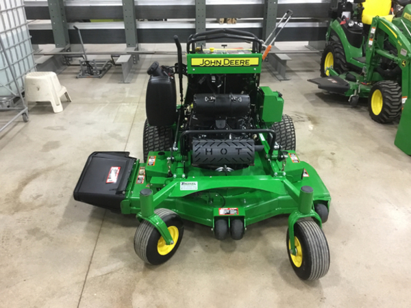 2016 John Deere 652R EFI Lawn and Garden