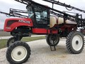 2002 Apache 790 Self-Propelled Sprayer