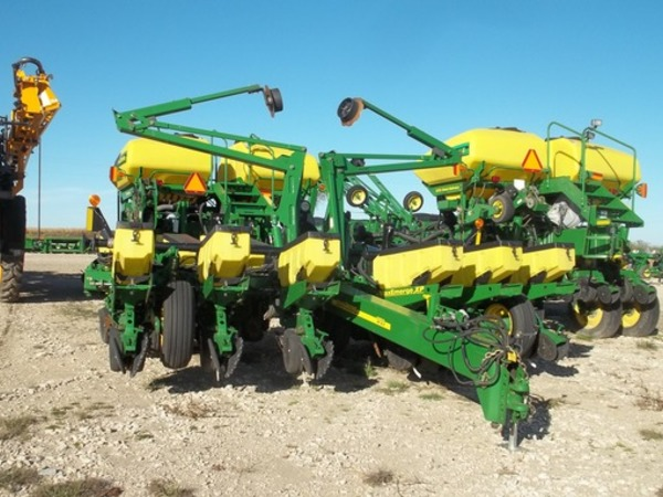 2012 John Deere 1760 Planter Laurens Iowa Machinery Pete