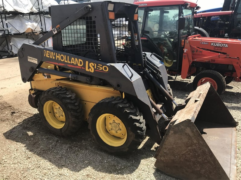 2001 New Holland LS150 Skid Steer