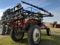 2002 Apache 775 Self-Propelled Sprayer