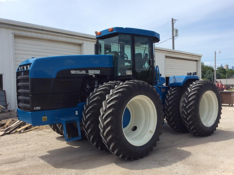1996 New Holland 9282 Tractor