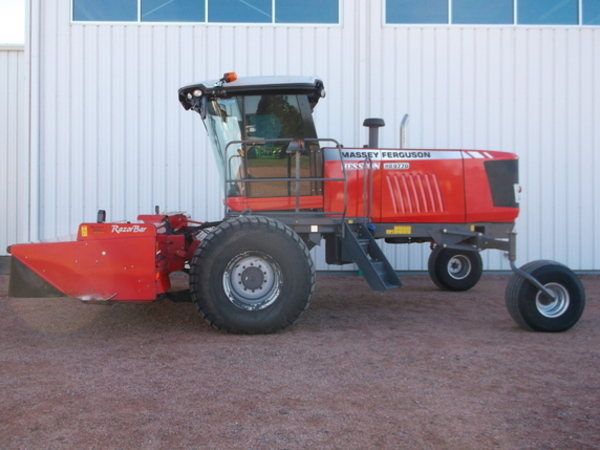 2014 Massey Ferguson WR9770 Self-Propelled Windrowers and Swather
