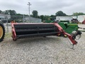 2006 Case IH SMX91 Pull-Type Windrowers and Swather