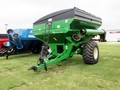 2009 Brent 782 Grain Cart