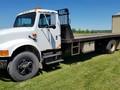 1990 International 4900 Semi Truck