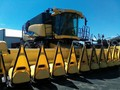 2012 New Holland CR8090 Combine
