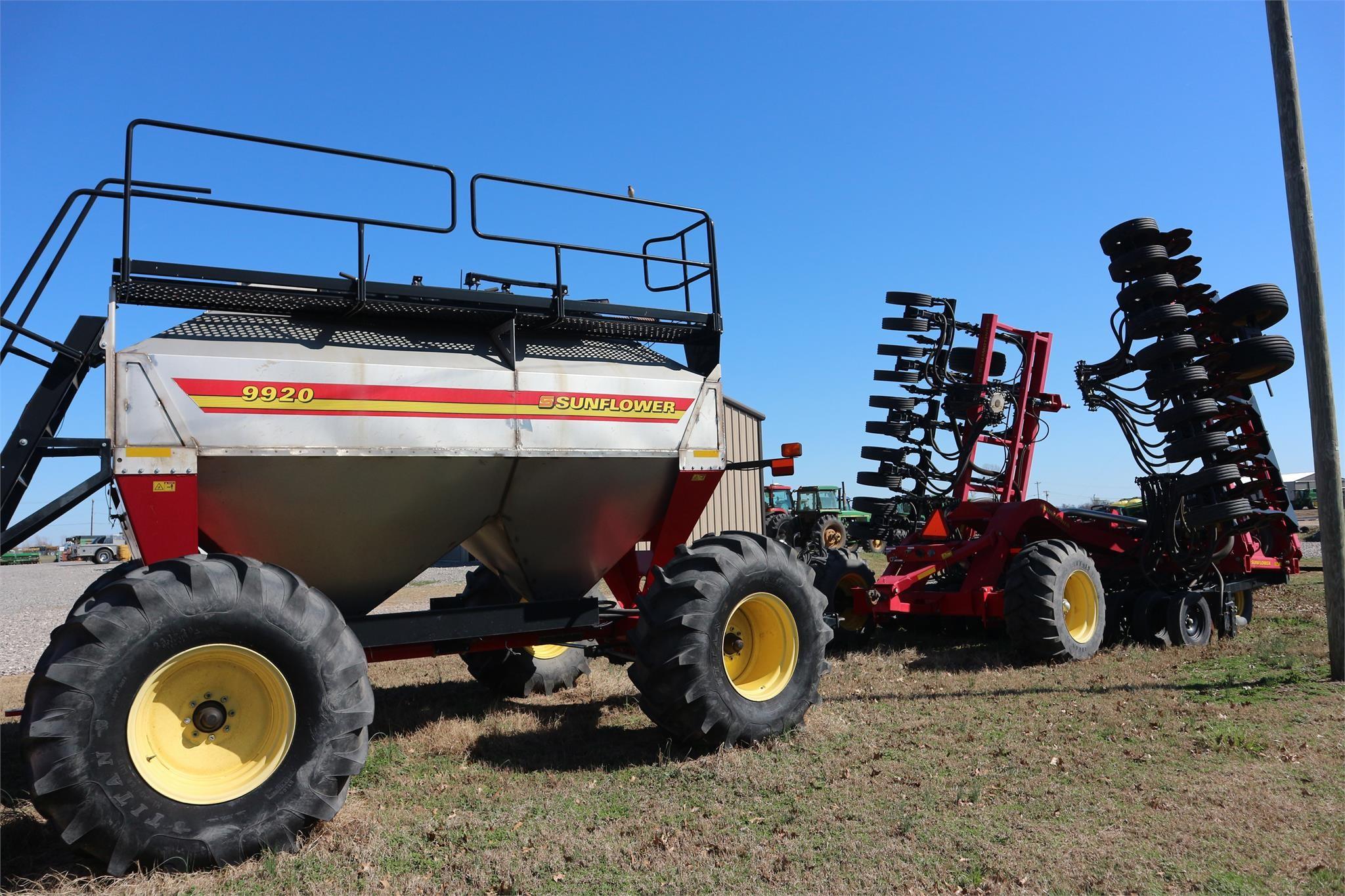 Sunflower 9830-40 Air Seeder