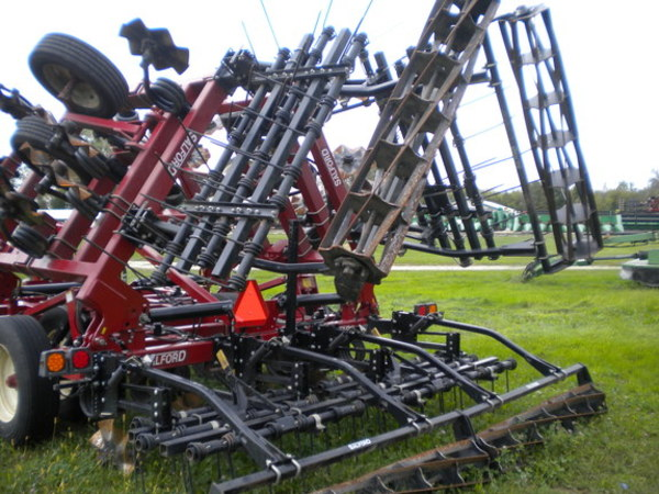 2014 Salford Independent I-2100 Vertical Tillage