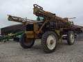 Ag-Chem RoGator 1074 Self-Propelled Sprayer