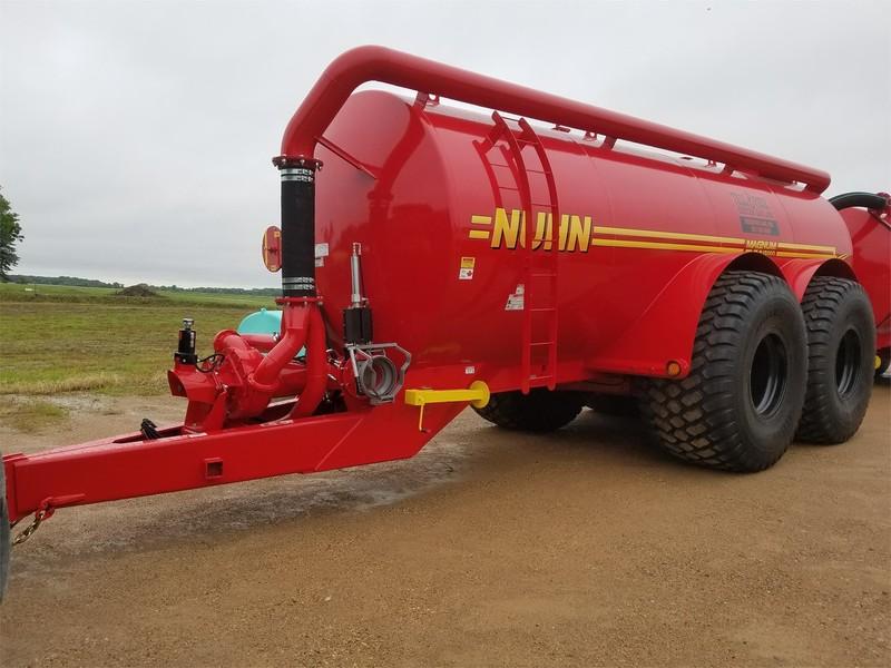 Nuhn Quad Train Manure Spreader