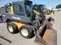2011 Deere 318D Skid Steer