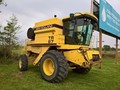 1994 New Holland TR87 Combine