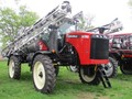 2015 Versatile SX280 Self-Propelled Sprayer