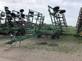 1995 John Deere 680 Chisel Plow