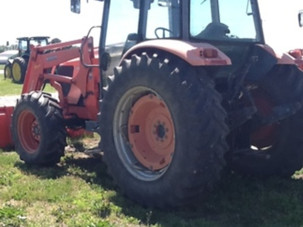 2008 Kubota M125X Tractor