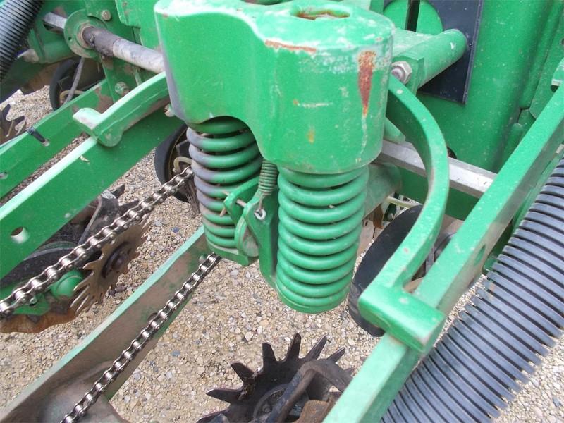 2008 John Deere 1770NT Planter