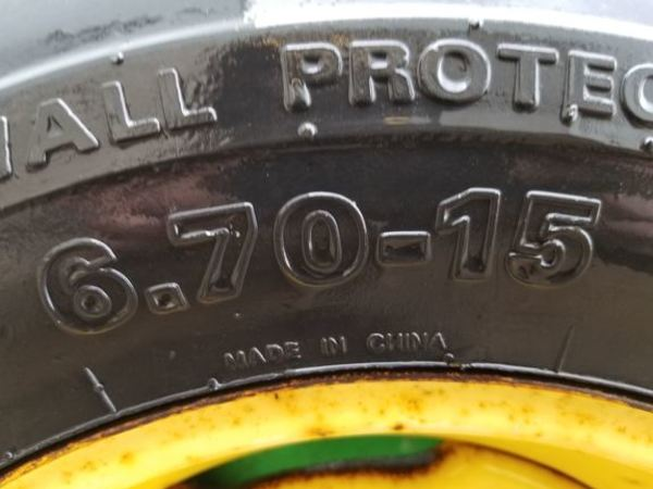 1984 John Deere 1550 Drill