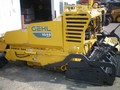 2006 Gehl 1648 Compacting and Paving