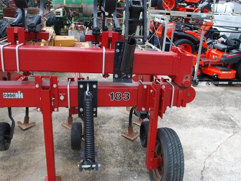 Case IH 183 Cultivator