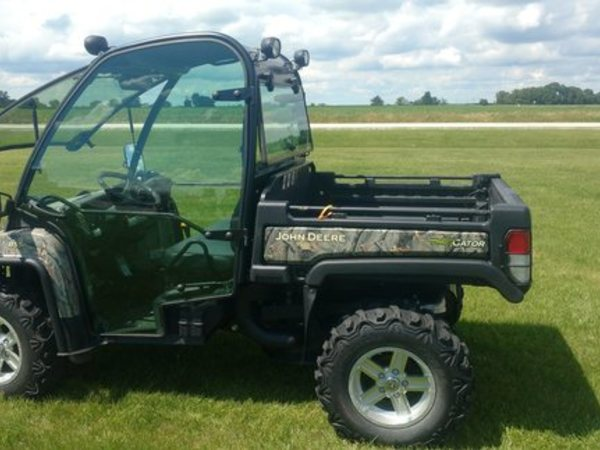 2014 John Deere Gator XUV 855D ATVs and Utility Vehicle