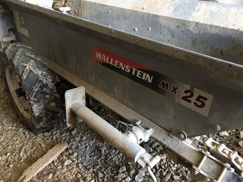 Wallenstein MX25 Manure Spreader