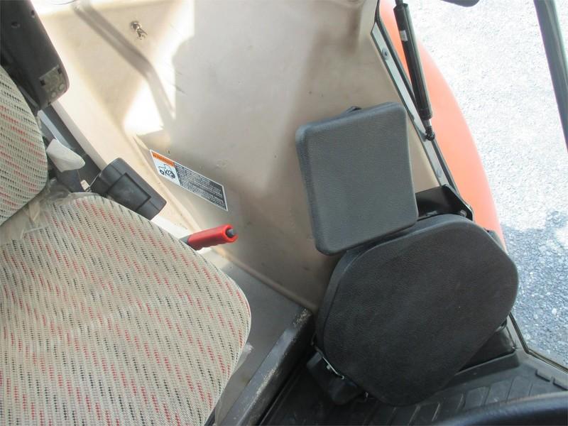 2005 Kubota M105X Tractor