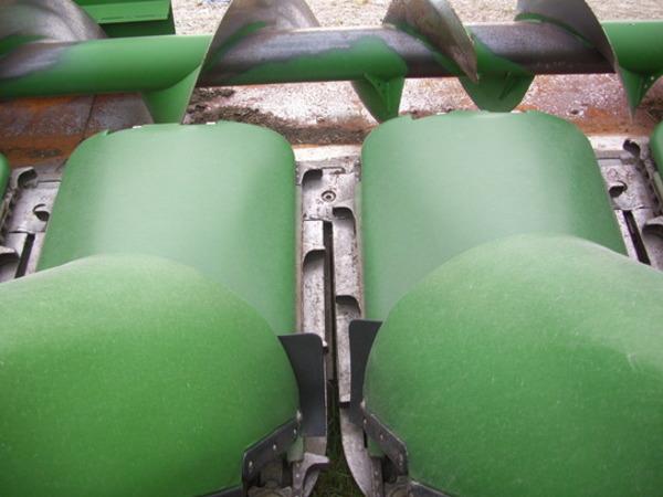 2008 John Deere 608C Corn Head