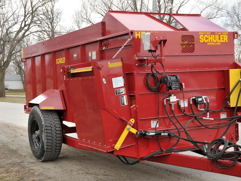 Schuler HF455 Feed Wagon