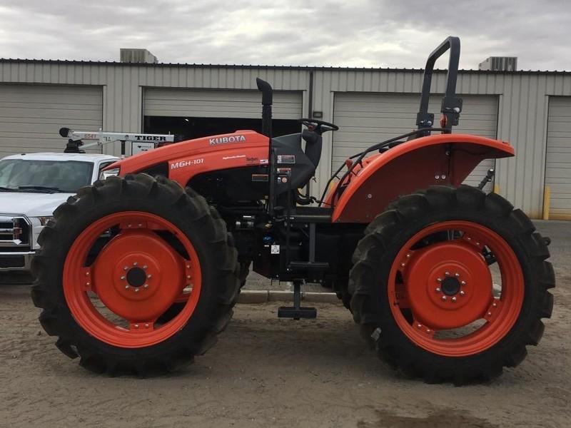 2018 Kubota M6H-101 Tractor