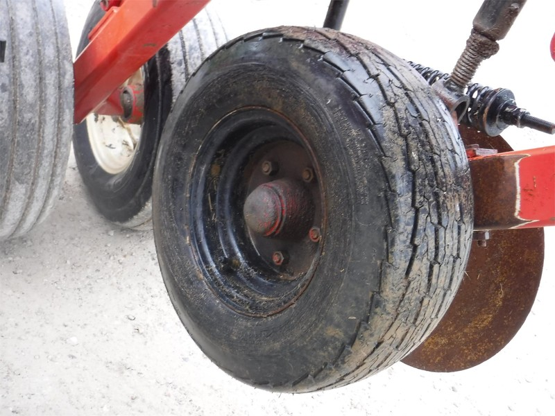 2007 Krause 4830-730F In-Line Ripper