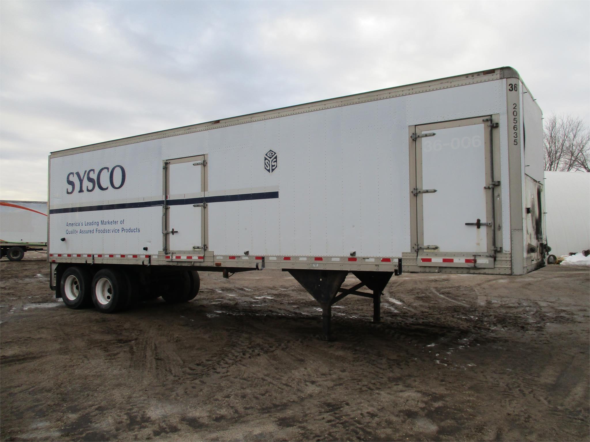 2001 Kidron 36 foot water/fertilizer trailer Box Trailer
