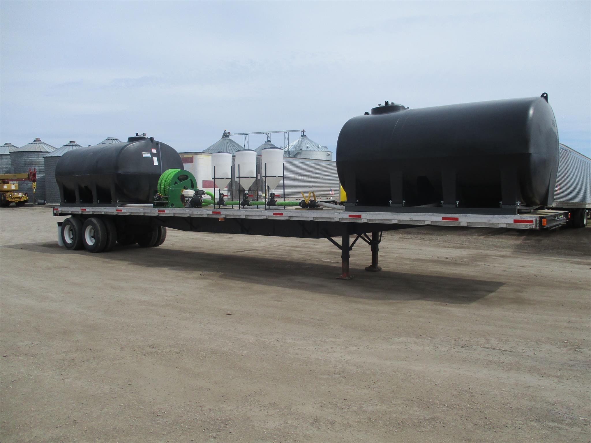 1995 Fruehauf 45 foot water/fertilizer trailer Flatbed Trailer
